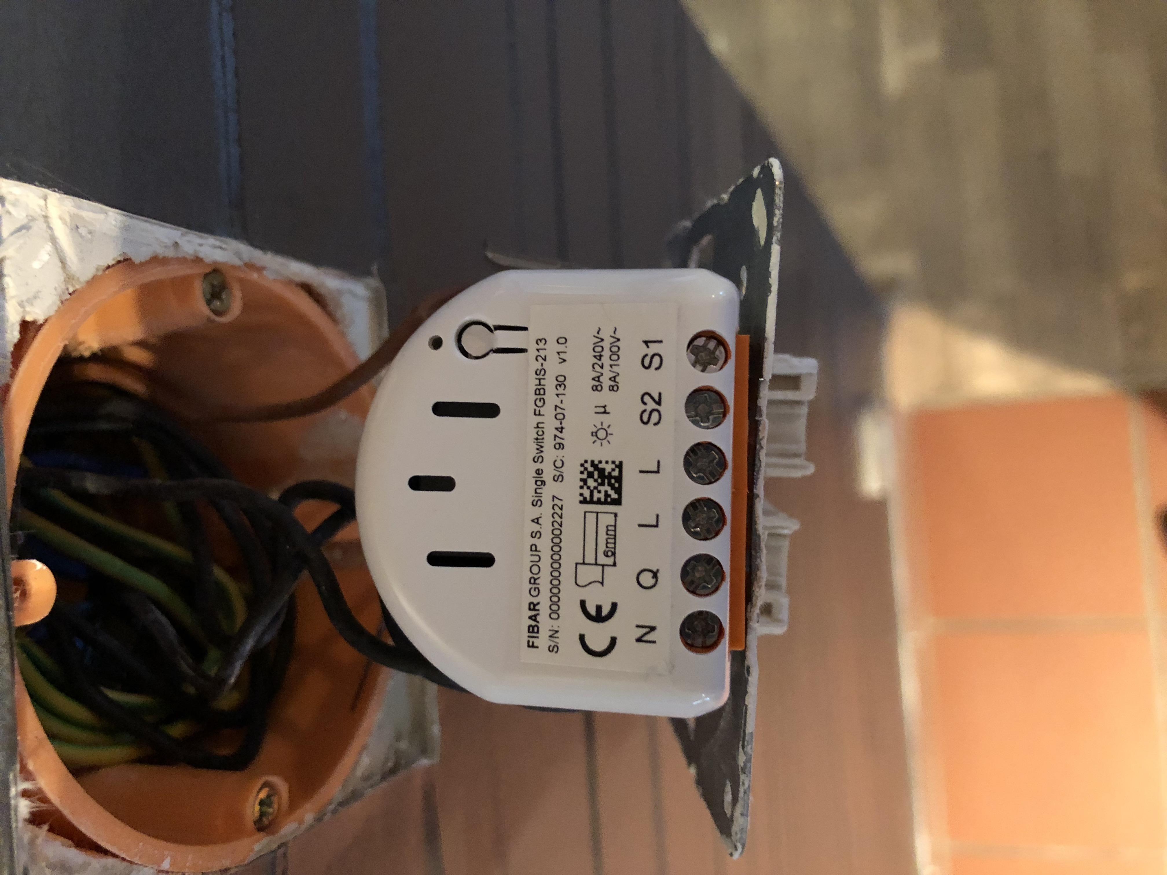 FIBARO Single Switch HK - keine Ahnung wie ich den an die ...