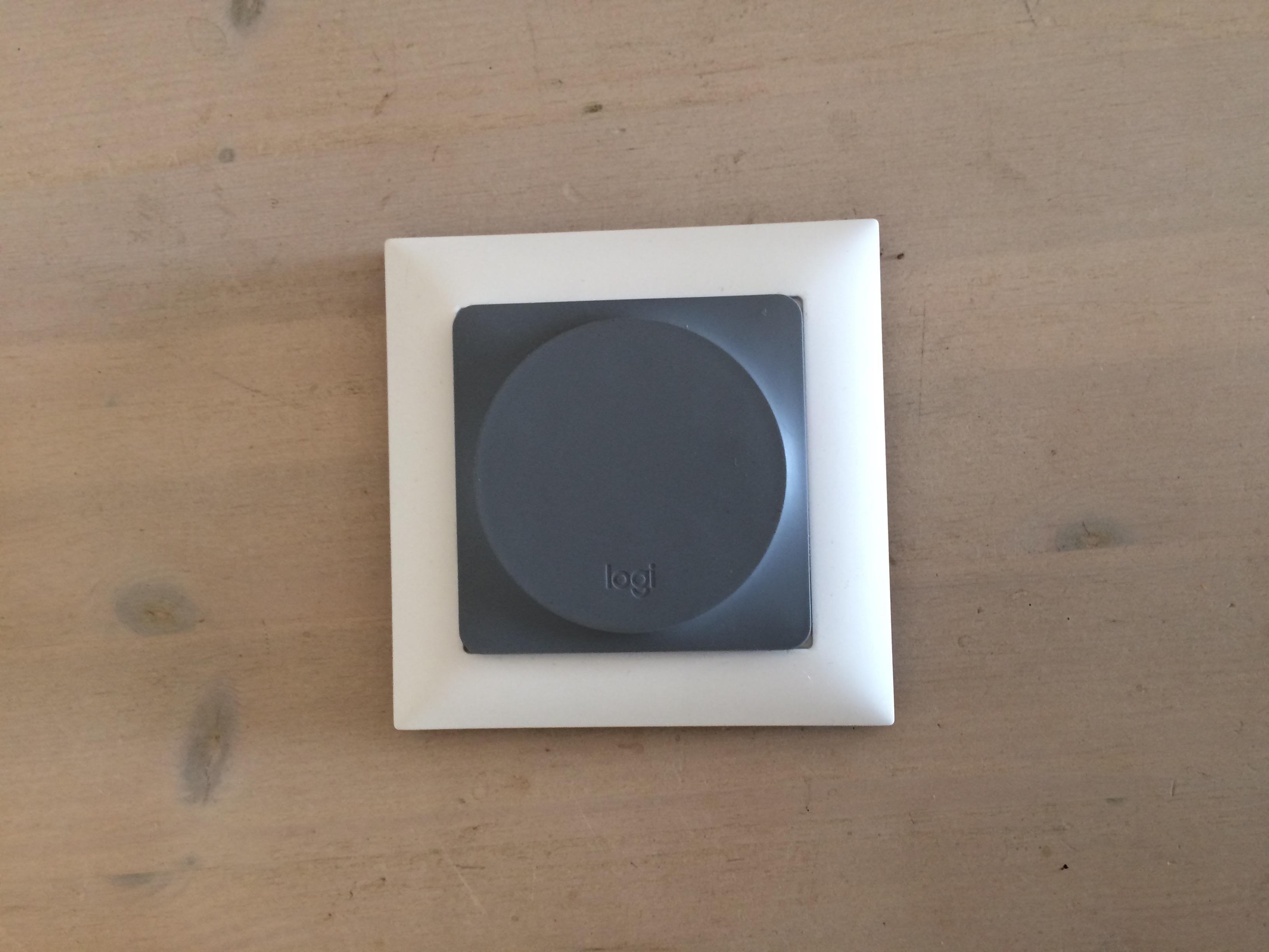 Logitech Pop Schalter Umbau mit Rahmen - Showroom - Apple HomeKit ...